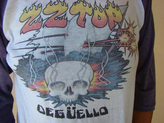 VINTAGE 1980 ZZ TOP DEGUELLO WORLD TOUR JERSEY T SHIRT