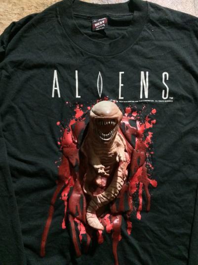 Rare Vintage Aliens rubber Chestburster Longsleeve T-shirt