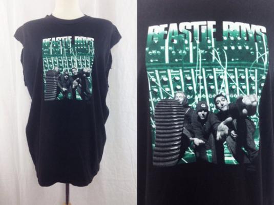 Vintage 90s BEASTIE BOYS Ill Communication Tee T Shirt
