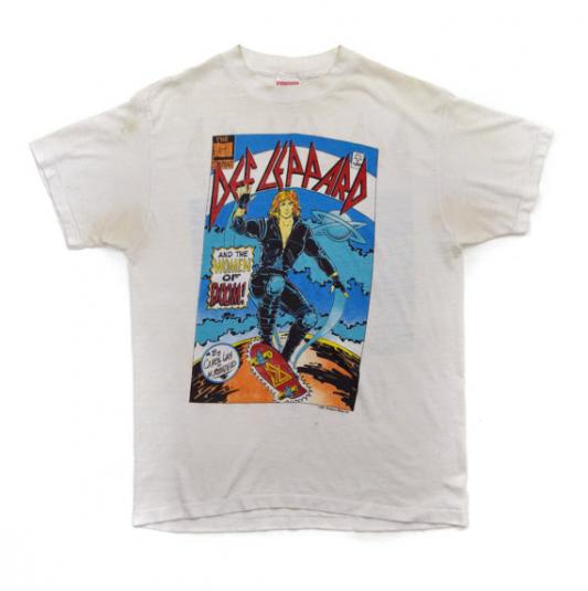 Vintage 80s Def Leppard and The Women of Doom! T Shirt Sz L