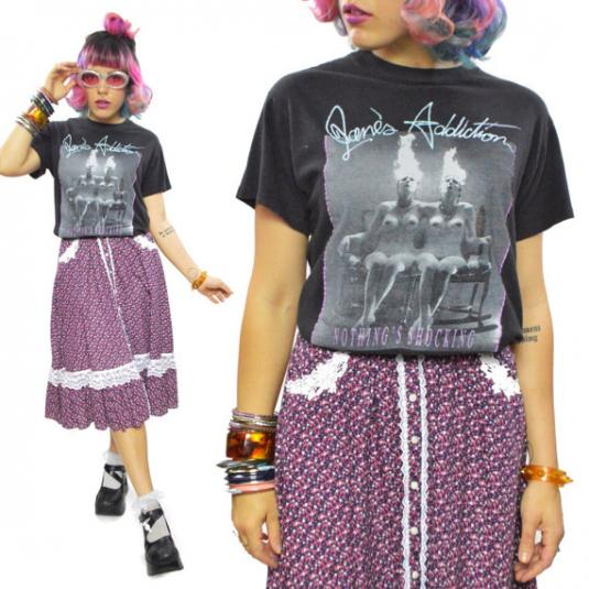 Vintage 80s Jane's Addiction Nothing's Shocking T Shirt Sz L