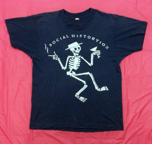 Vintage 80s SOCIAL DISTORTION Skelly Punk Rock 50/50 T Shirt