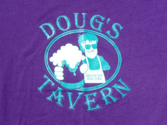 Vintage 1990s Dougs Tavern Heuveltown NY Purple T-Shirt L