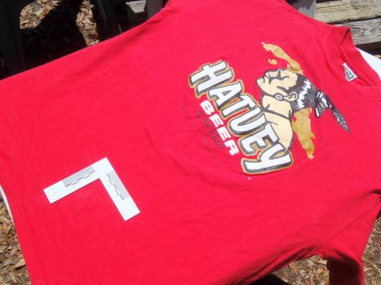 Vintage 1995 Red Hatuey Beer Advertising Cotton T Shirt L/XL