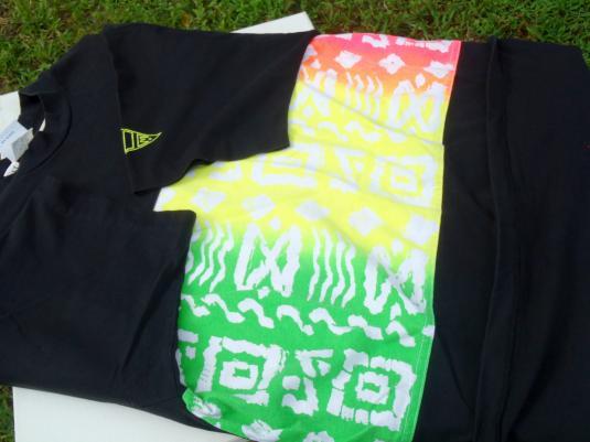 Vintage 1980s Hobie Black and Neon Colors Cotton T-Shirt L