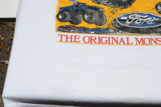 Vintage 1980s Bigfoot Monster Truck Blue on White T-Shirt L