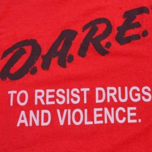 Vintage 1980s DARE Resist Drugs and Violence Red T-Shirt XL