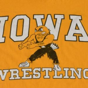 Vintage 1980s Iowa Wrestling Gold T-Shirt XL