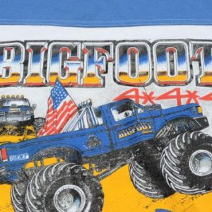 Vintage 1980s Bigfoot Monster Truck Blue on White T-Shirt L