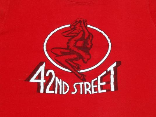 Vintage 1980s 42nd Street Broadway Musical Red T Shirt S/M