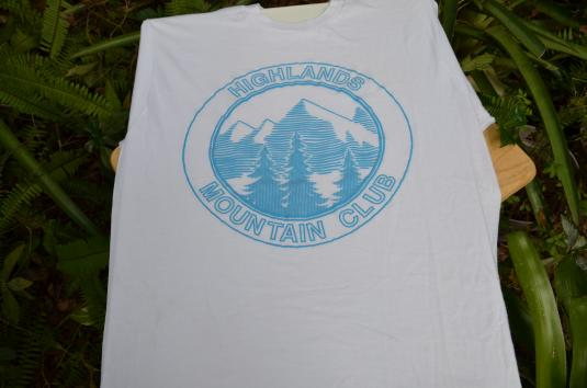 Vintage 1980s Highlands Mountain Club T-Shirt L/XL