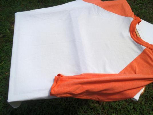 Vintage 1980s Hooters Owls Orange Baseball T-Shirt L