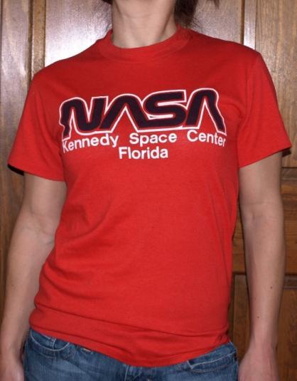 Vintage 1980s NASA Kennedy Space Center Florida Shirt