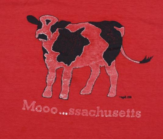 Massachusetts COW Mooo…ssachusetts Animal Shirt