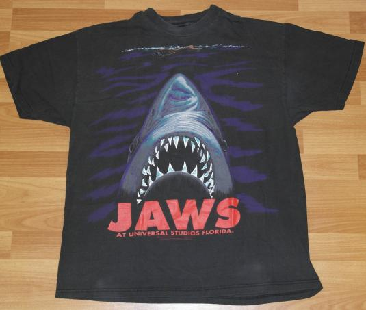 Vintage 1990s JAWS Universal Studio Shark T-Shirt