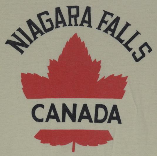 Vintage 1980s Niagara Falls Canada Maple Leaf T-Shirt