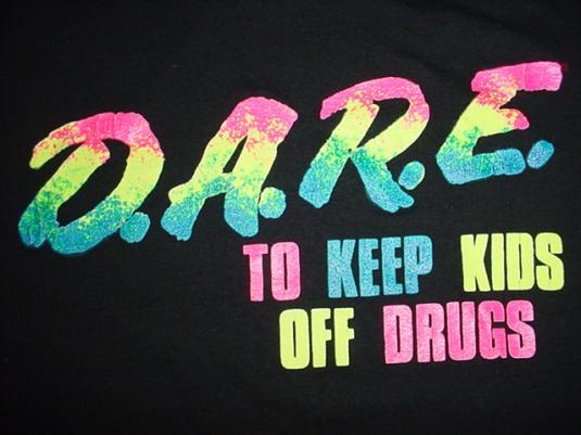 Vintage D.A.R.E. T-Shirt DARE drugs kids M