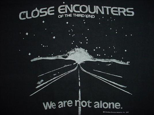 Vintage Close Encounters of the Third Kind T-Shirt Speilberg