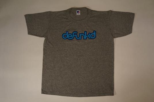 Vintage Limited Edition Defunkd DEADSTOCK RAYON T-Shirt M/S