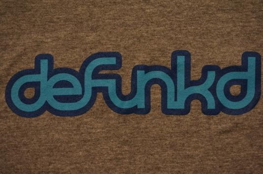 Vintage Limited Edition Defunkd RAYON T-Shirt Tagged L M