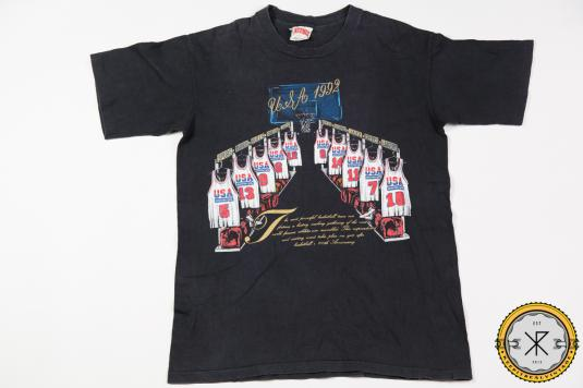 1992 DREAM TEAM USA BASKETBALL VINTAGE T-SHIRT
