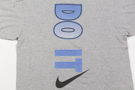 90'S NIKE JUST DO IT BASKETBALL VINTAGE T-SHIRT