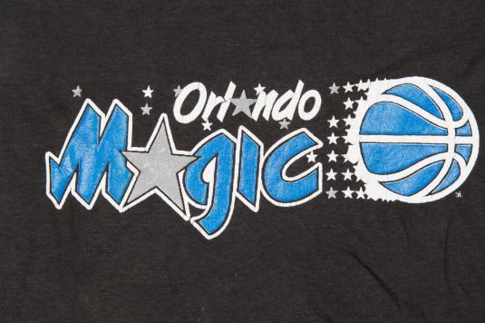 ORLANDO MAGIC SOFT THIN BASKETBALL VINTAGE T-SHIRT