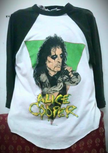 VINTAGE 1986 ALICE COOPER TOUR JERSEY T-SHIRT!