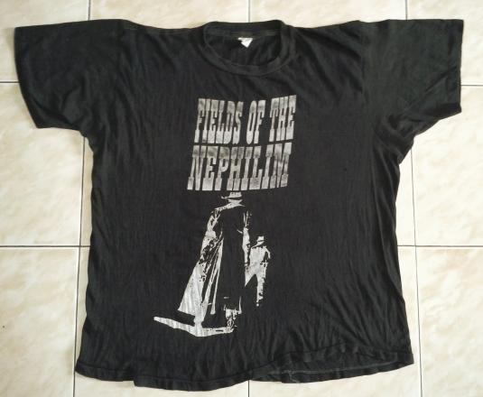 VINTAGE FIELD OF THE NEPHILIM T-SHIRT