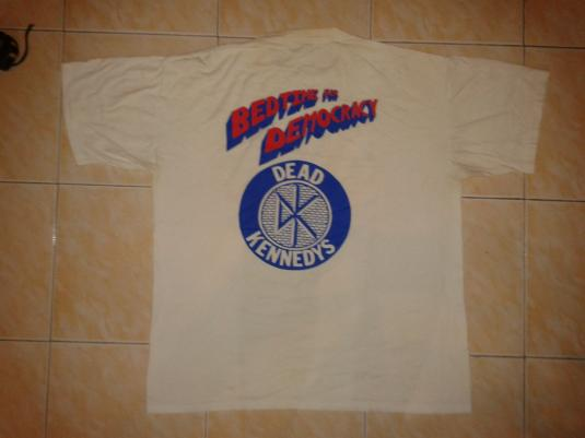 VINTAGE DEAD KENNEDYS – BEDTIME FOR DEMOCRACY T-SHIRT