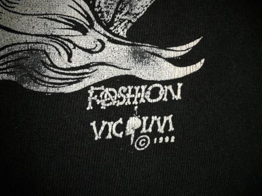 VINTAGE FASHION VICTIM 'GO GET A JOB' T-SHIRT