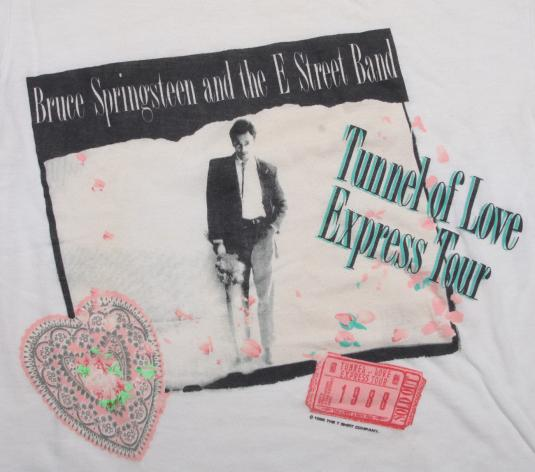 VINTAGE BRUCE SPRINGSTEEN TOUR T-SHIRT TUNNEL OF LOVE 1988