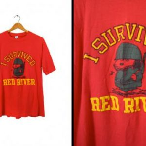 Vintage Vietnam Snoopy T-shirt I Survived Red River Peanuts