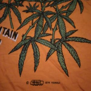 Vintage Hawaii Maui Ranch 1974 Crazy Shirt Weed tee 70s
