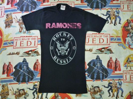 "VINTAGE 1977 RAMONES ""ROCKET TO RUSSIA"" T-SHIRT"
