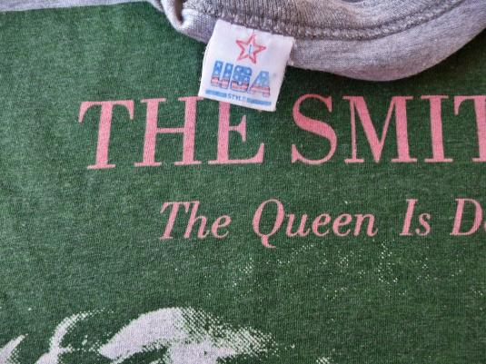 """VINTAGE 1986 THE SMITHS """"QUEEN IS DEAD"""" T-SHIRT"""