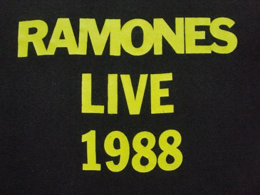 VINTAGE 1988 RAMONES T-SHIRT