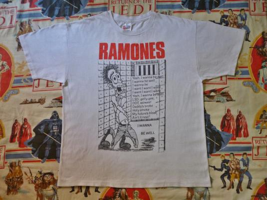 VINTAGE THE RAMONES T-SHIRT