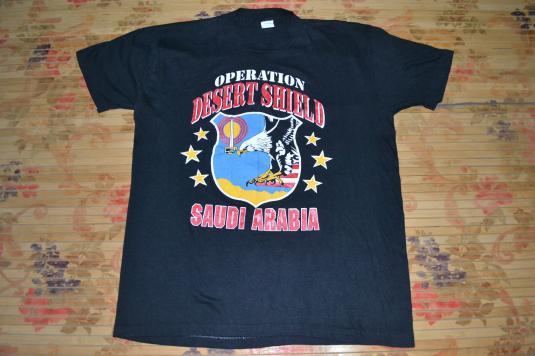 Vintage OPERATION DESERT SHIELD Saudi Arabia Gulf War Tshirt
