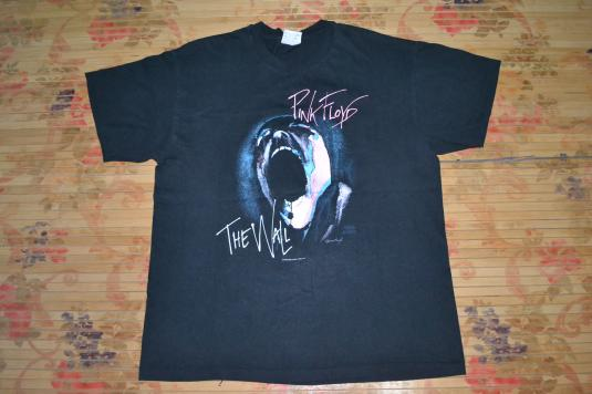 VINTAGE 1982 PINK FLOYD THE WALL CONCERT T-SHIRT