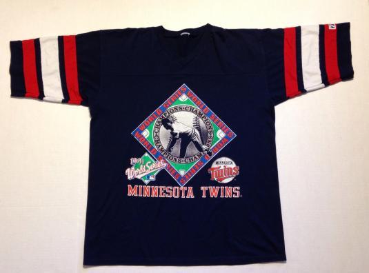 Vintage 1991 Minnesota Twins jersey t-shirt
