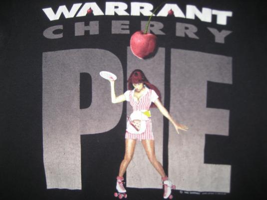 Vintage 1990 Warrant Cherry Pie t-shirt