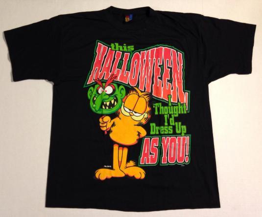 Vintage 1990's Garfield Halloween t-shirt