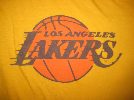 Vintage 1980s LA Lakers t-shirt, soft and thin