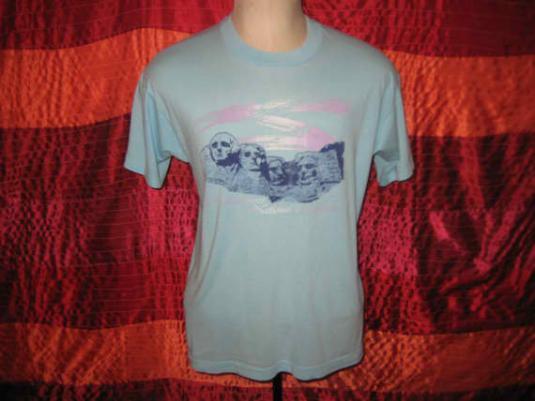 Vintage 1980's Mt. Rushmore t-shirt, Screen Stars, L XL