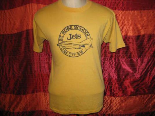 Vintage 1980's Wisconsin private school t-shirt, Medium