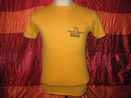 Vintage 1981 yacht club t-shirt, soft and thin, S M