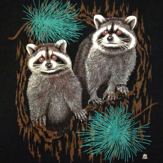 Vintage Cute 1980's raccoon t-shirt