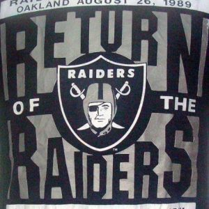 Vintage 1989 Return of The Raiders football t shirt M