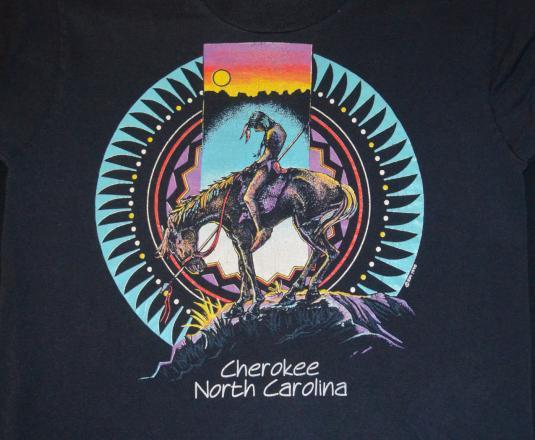 vintage CHEROKEE north carolina native indian t-shirt Small
